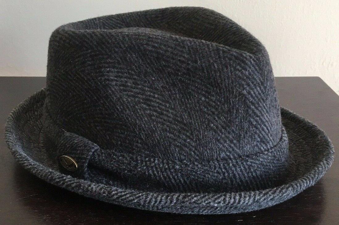 hats company 100 percent wool small medium