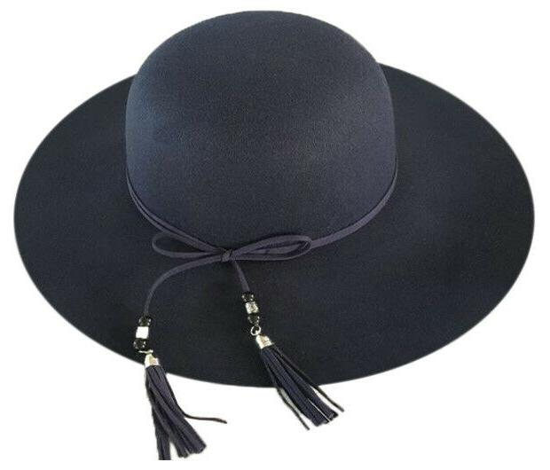 WOMAN'S POLYESTER HAT LEATHER BEADED